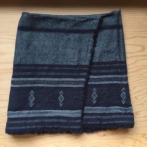 LOFT blue and white pattern mini skirt size 4